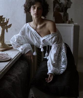 Vogue-Ukraine-March-2016-Iana-Godnia-by-Phil-Poynter-7