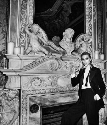 Anja Rubik dla Vogue Paris Listopad 2017 (10)