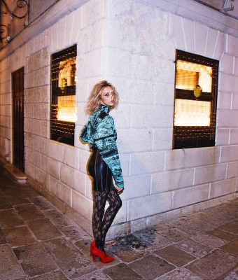 Anja Rubik dla Vogue Paris Listopad 2017 (14)