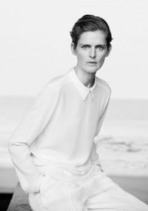 Stella-Tennant-Giorgio-Armani-Spring-2016-Campaign