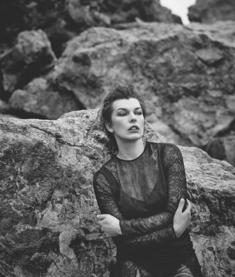 Milla-Jovovich-Harpers-Bazaar-Spain-March-2016-Cover-Photoshoot05