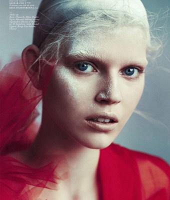 Ola-Rudnicka-for-Vogue-Netherlands-14