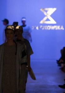 111_Smiejkowska240317_web_fotFilipOkopny_FashionImages