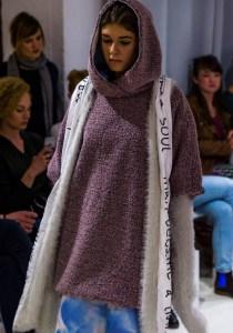 96_Smiejkowska240317_web_fotFilipOkopny_FashionImages