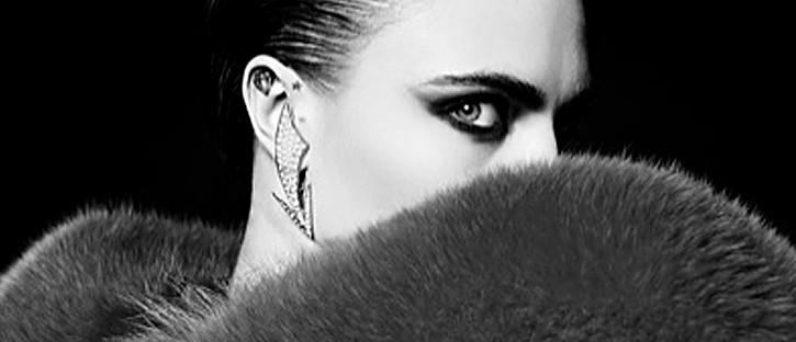 Przeszywająca spojrzeniem Cara Delevingne w kampanii La Collection de Paris YSL