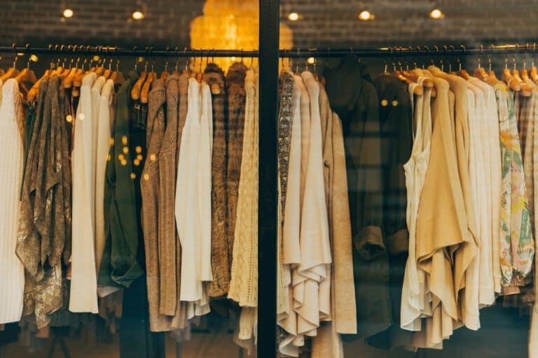 Co wyróżnia ubrania fair trade?